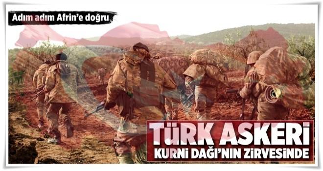 Türk askeri Kurni Dağları'nın zirvesinde .