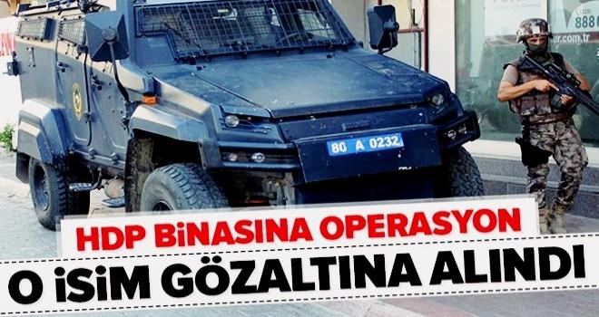 Polisten Osmaniye HDP İl Binasına operasyon: Cebrail Mutlu gözaltına alındı .