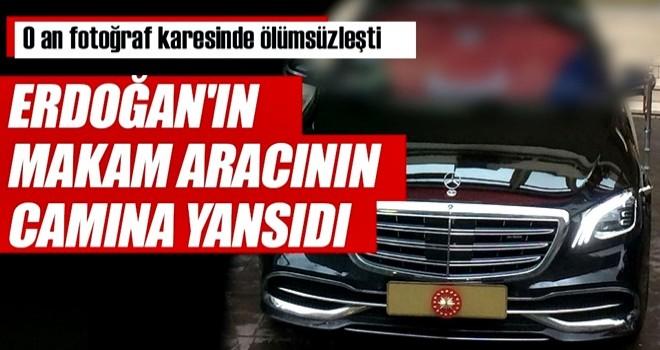 Cumhurbaşkanı Erdoğan'ın makam aracının camına Türk bayrağı yansıdı
