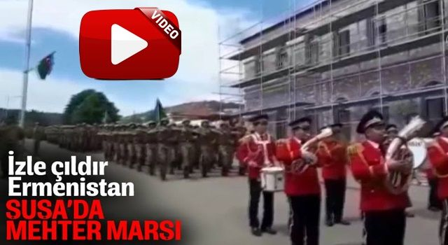 Azerbaycan'da Cumhuriyet Günü mehter marşıyla kutladı