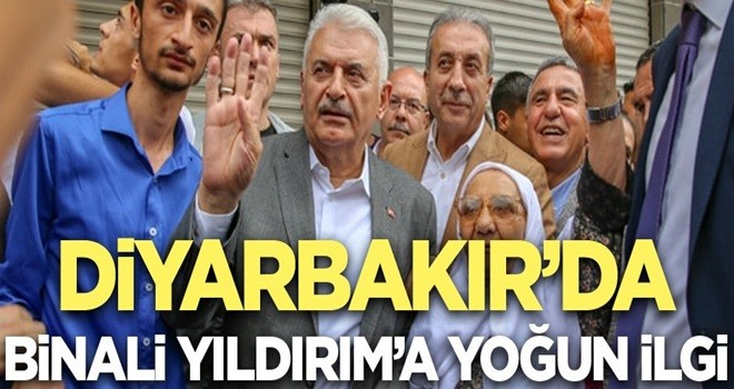 Binali Yıldırım'a Diyarbakır'da yoğun ilgi. ile ilgili görsel sonucu