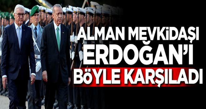 Alman Cumhurbaşkanı Erdoğan'ı resmi törenle karşıladı