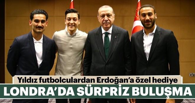 Cumhurbaşkanı Erdoğan'a Londra'da sürpriz ziyaret