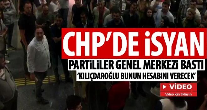 CHP Genel Merkezi'nde protesto sesleri