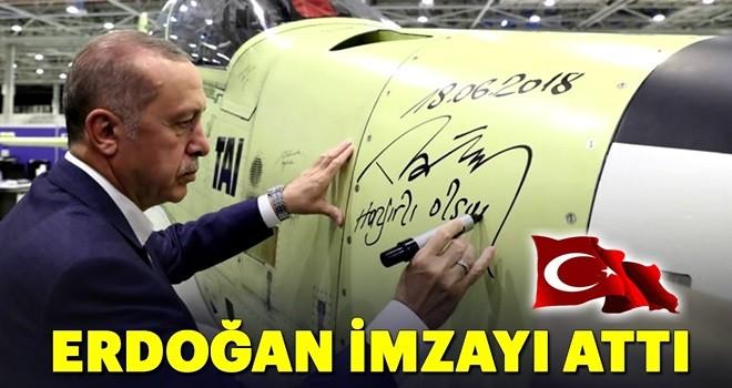 Cumhurbaşkanı Erdoğan gençlerle Atak Helikopteri üretim bandını gezdi