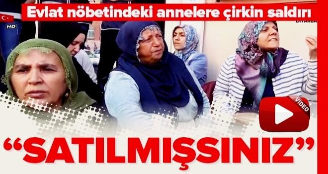 Diyarbakır'da evlatlarını bekleyen acılı ailelere çirkin saldırı .