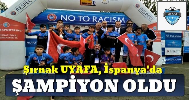 Şırnak UYAFA futbol takımı, Barcelona'da şampiyon oldu..